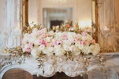 Chateau Cocomar Open House in Houston, Texas. Photographed by Christa Elyce Photography. #tamaramengesdesigns #tamaramengesdesignsllc #houstondesigner #houstonflorist #champagne #ivory #blush #traditionalwedding #romanceandglamour