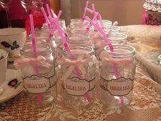 Drinking favors from mason jars