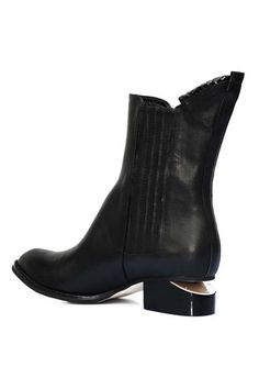 Pointed Toe Black Riding Boots