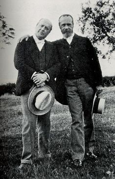 Henry James & William James...authors and brothers.  Father of modern novel and the latter of philosophy.
