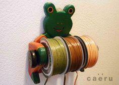 ロールホルダー バリ木工カエル