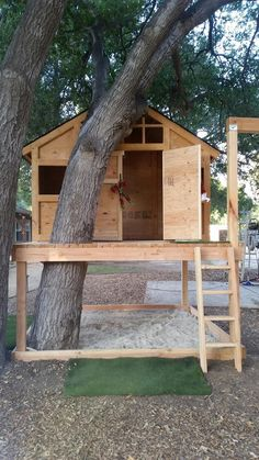 treehouse sandbox playhouse swing set diy