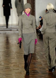 Look at this fabulousness that is Ralph Lauren Fall 2012. Love the drab gray punched with magenta accessories.