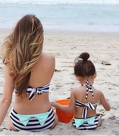 15 Matching Mom And Daughter Beach Outfits - Styleoholic Mother Daughter Matching Outfits, Mommy And Me Outfits, Kids Outfits, My Baby Girl, Mom And Baby, Outfits Madre E Hija, Toddler Fashion, Kids Fashion, Mode Blog