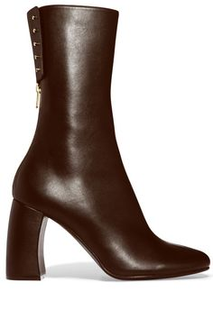 12 pairs of brown boots that are must-haves for fall.