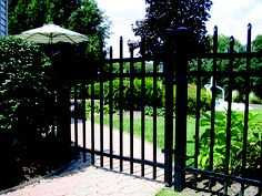 Aegis style fence and gate (503)760-7725