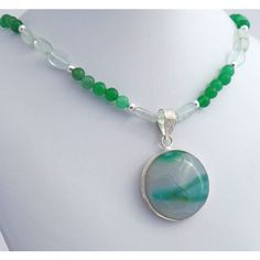 Agate Green Quartz Sterling Silver Pendant Necklace Natural Stone (540 DKK) ❤ liked on Polyvore featuring jewelry, pendants, round pendant necklace, agate pendant necklace, natural stone pendants, round necklace pendant and beaded pendant necklace