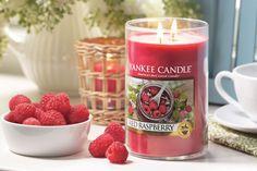 La fragancia Red Raspberry es ideal para los amantes de las fragancias frutales, ya que con ella podrás disfrutar de su aroma a dulces frambuesas que tanto nos gustan.