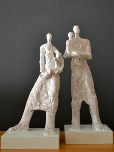 """""""FAMILIA""""- cerámica Bookends, Lion Sculpture, Statue, Decor, Two Piece Outfit, Exhibitions, Sculpture, Artists, Decoration"""