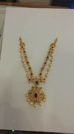 Gold Jewelry For Wedding Code: 4987300587 Kids Gold Jewellery, Gold Jewellery Design, Gold Jewelry, Jewelery, Jewelry Accessories, Gold Mangalsutra Designs, Gold Earrings Designs, Gold Designs, Gold Chain Design