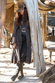 """Clara Paget strikes a pirate pose The """"Fast & Furious 6"""" co-star plays real-life Irish pirate Anne Bonny."""
