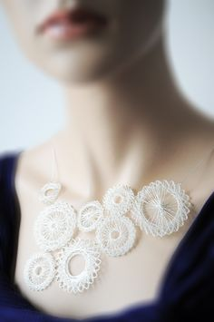 Beautiful Spirograph Jewellery - silver finition polyester thread miette - intricate design #textiles