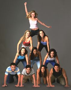 Top - Torrance (Kirsten Dunst)Second row from left - Courtney (Clare Kramer), Missy (Eliza Dushku)Third row - Kasey (Rini Bell), Isis (Gabri. Kirsten Dunst, It Movie Cast, Movie Tv, Movies Showing, Movies And Tv Shows, Series Movies, Lindsay Sloane, Clare Kramer, 90s Fashion