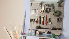 Construir un panel de organización de herramientas, que nos permita tener los instrumentos ordenados y a mano, es la nueva tarea de Bricomanía.