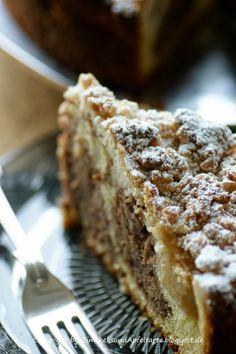 Apple-Nut-Cake with Cinnamon-Streusel Apfel-Streuselkuchen mit Zimt und Haselnüssen - So leckerrrrrrrr!!!! - Zimtkeks und Apfeltarte