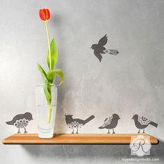 Pared arte adorno Stencil encaje pájaro por royaldesignstencils