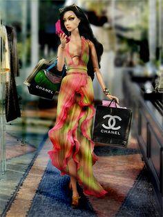 Challenge 3: Shopping Bud by Gabooche, via Flickr