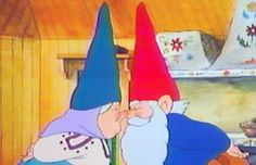 david the gnome. Watched this show with my grandfather all the time when I was little. Staple of my childhood and so began my love for gnomes. 90s Childhood, My Childhood Memories, David Le Gnome, Film D'animation, 90s Cartoons, Ol Days, The Good Old Days, Dreamworks, Illustrations