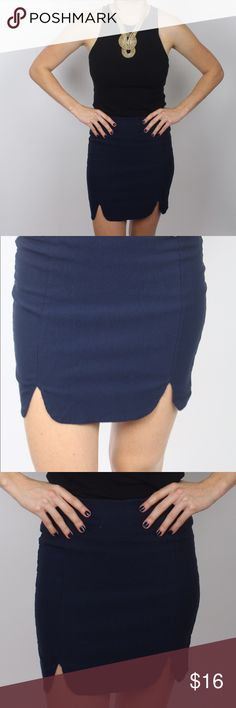 Navy scalloped skirt This navy, high waisted, scallop bottomed skirt is the perfect combo with any crop top. Pair with a form fitting crop for an adorable night time look, or a flowing summery peasant top to have fun in the sun! Skirts Mini