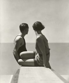 Bathers I, picture from the series Vogue Archive Collection by George Hoyningen-huene, LUMAS Artist ✓ Old Photography, Portrait Photography, Fashion Photography, Classic Photography, Minimalist Photography, Photography Magazine, Tender Is The Night, Los Angeles Museum, Foto Fashion