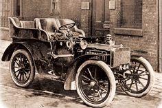 Rolls Royce, 1904.