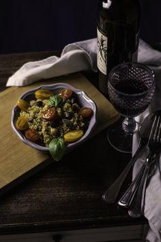 Salada de quinoa People Photography, Still Life Photography, Food Photography, Vegetables, House Styles, Quinoa Salad, Salads, Fotografia, Veggies