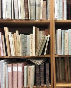 Beige Aesthetic, Book Aesthetic, Aesthetic Pictures, Aesthetic Style, Aesthetic Fashion, Quotes Literature, Bookshelves, Bookcase, I Love Books