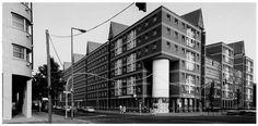 Architecture d'Aldo Rossi. Edifice sur la Wilhelmstrasse à Berlin, iba, 1981