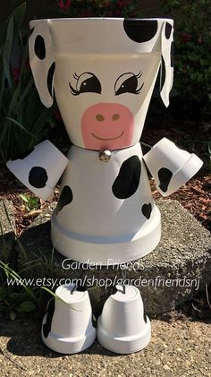 people animal flower clay farm pot cow Clay Pot People COW Farm Animal Flower Pot People Clay PotYou can find in pots flowers and more on our website Flower Pot Art, Clay Flower Pots, Flower Pot Crafts, Flower Pot People, Clay Pot People, Clay Pot Projects, Clay Pot Crafts, Painted Clay Pots, Painted Flower Pots
