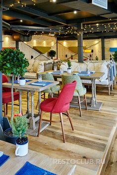 «Гастрономика» – ресторан на пересечении Невского и Марата с интереснейшей авторской кухней и лучшим в окрестностях видом на исторический центр.