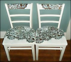 Lace stencil on furniture Painted Chairs, Painted Furniture, Upcycled Furniture, Diy Furniture, Lace Stencil, Lace Painting, Spray Painting, Home Decoracion, Patterned Chair