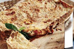 Πιπερόπιτα με κοτόπουλο και τυρένιο φύλλο-featured_image Bread Recipes, Cooking Recipes, Salty Foods, Food Categories, Lasagna, Quiche, Sandwiches, Chicken, Breakfast