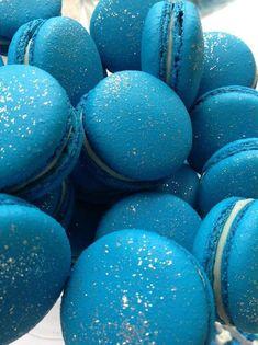 Blue macaroons #blue #food #yum