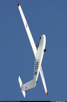 Let L-23 Super Blanik aircraft picture