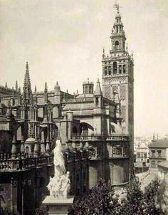 ¿Sabíais que la Catedral de Sevilla es la tercera más grande del mundo? La primera de estilo gótico. #TDSAgenda