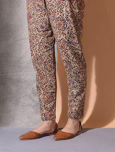 Multicolor Tie-up Waist Kalamkari Cotton Pants Wool Pants, Cotton Pants, Salwar Pants, Patiala Suit, Casual Indian Fashion, Indian Outfits, Kalamkari Designs, Salwar Pattern, Kalamkari Dresses