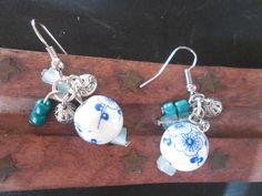 Brincos com peças em cerâmica