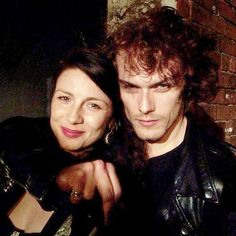 Clearer picture: Sam Heughan ‏@SamHeughan · 4h4 hours ago Happy 100000! Myself @caitrionambalfe wrap party, taken by Ron. Tired after a tough month! (No booze involved.. Ahem)