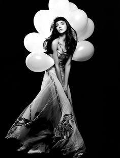 Mariacarla Boscono … Vogue Paris, March 2005 … by Craig McDean …