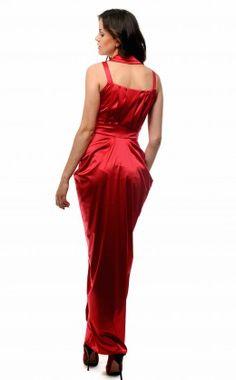 verezhik house ......... long red dress...... Material: 49% ...viscose, 35% silk%, .....14% polyamide, ..........2% elastan.