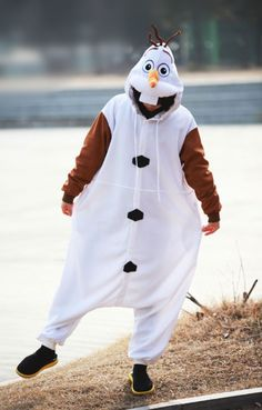 http://www.4kigurumi.com/frozen-olaf-disney-onesie  Frozen Olaf Disney Onesie