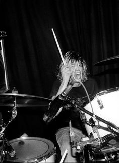 Young Dave Grohl playing with Scream in Oslo