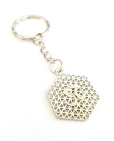 Keychains, Om, Personalized Items, Keychain Ideas, Flower Of Life, Letters, Gifts, Jewlery, Key Hangers