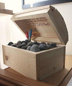100 WiShiNG StoNeS GUEST BOOK with Treasure BOX Stones Wedding Guest Book rocks unique idea Noir Theme Wedding Beach wedding