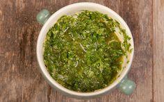 Akdeniz kokulu bir tarif Gremolata. Et, tavuk ve balık tariflerinin lezzetini bir parça daha arttıracak geleneksel bir İtalyan çeşni.