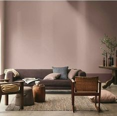 Bring a warm and comforting vibe to your home interior with Heart Wood, our Colour of the Year It is a versatile colour that complements a diverse range of colour palette beautifully. Retro Living Rooms, Living Room Modern, Home And Living, Decor Room, Living Room Decor, Design Apartment, Paint Colors For Living Room, Home Decor Inspiration, Decor Ideas