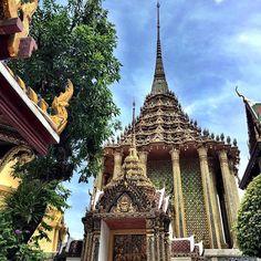 🇹🇭 #effortlesstravel #extraordinaryexplorer Places In Bangkok, Tower, Photo And Video, Travel, Instagram, Rook, Viajes, Computer Case, Destinations