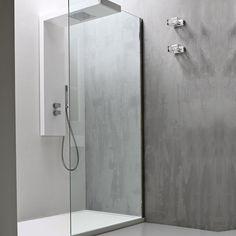 Elegante mampara para baño incoloro con puntas rectas  mampara es una pieza ideal para realizar el estilo de su baño.