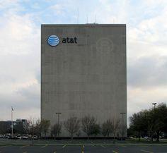 AT&T anuncia compra da Time Warner (e o que os brasileiros têm a ver com isso)