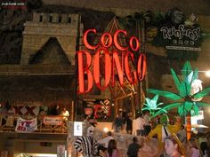 Nightlife in Cancun, Mexico I was at this club! Good times.